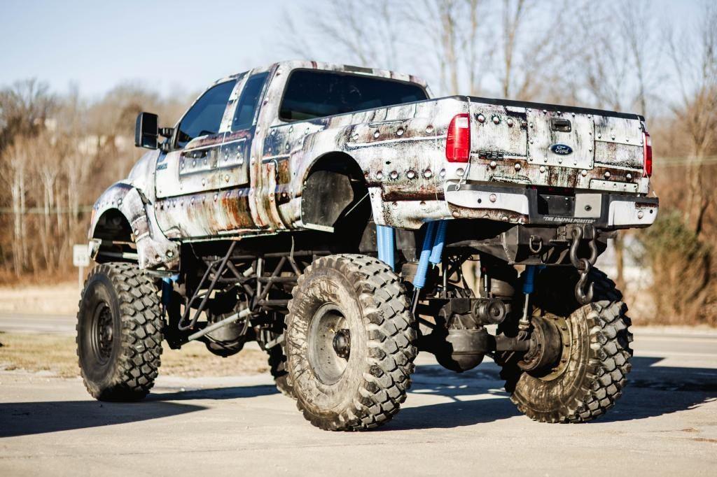 2005 ford custom built 4 4 f650 super truck for sale. Black Bedroom Furniture Sets. Home Design Ideas