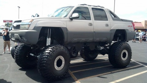 2002 Chevrolet Avalanche 1500 24in lift on 46's for sale