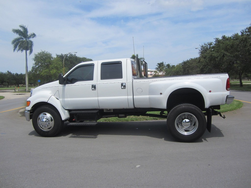 2005 Ford F650 C7