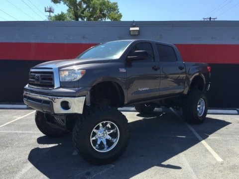2011 Toyota Tundra Custom Lifted Show Truck!!! for sale