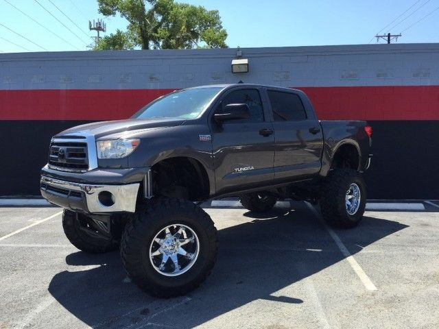 2011 toyota tundra custom lifted show truck for sale. Black Bedroom Furniture Sets. Home Design Ideas