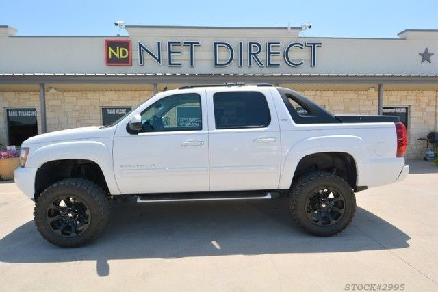 2011 Chevrolet Avalanche Lt Z71 Lifted 4 215 4 Truck For Sale