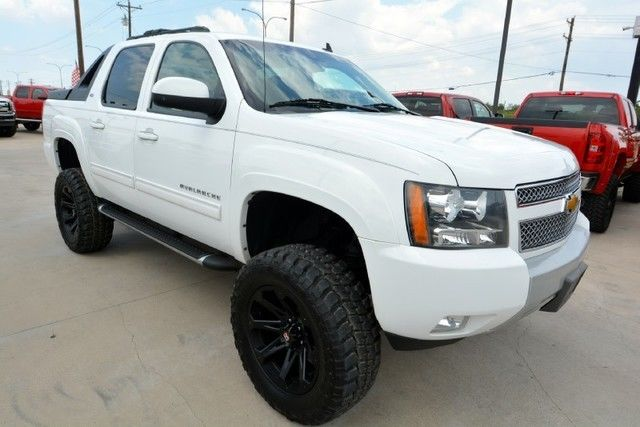 2011 chevrolet avalanche lt z71 lifted 4 4 truck for sale. Black Bedroom Furniture Sets. Home Design Ideas