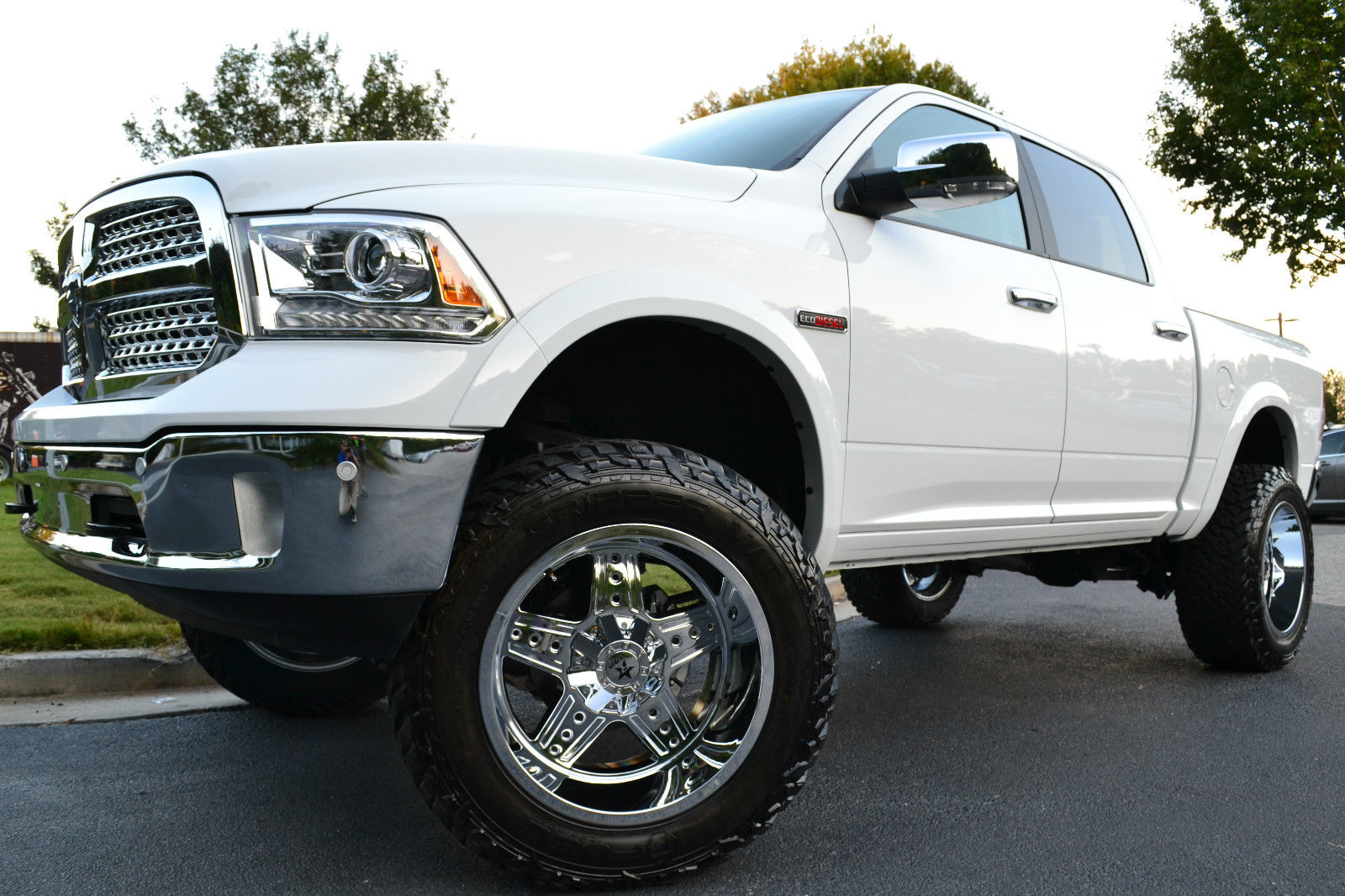 Lifted Ram Ecodiesel >> 2015 Ram 1500 Ecodiesel 4X4 CREW Laramie Loaded 8 INCH LIFT for sale