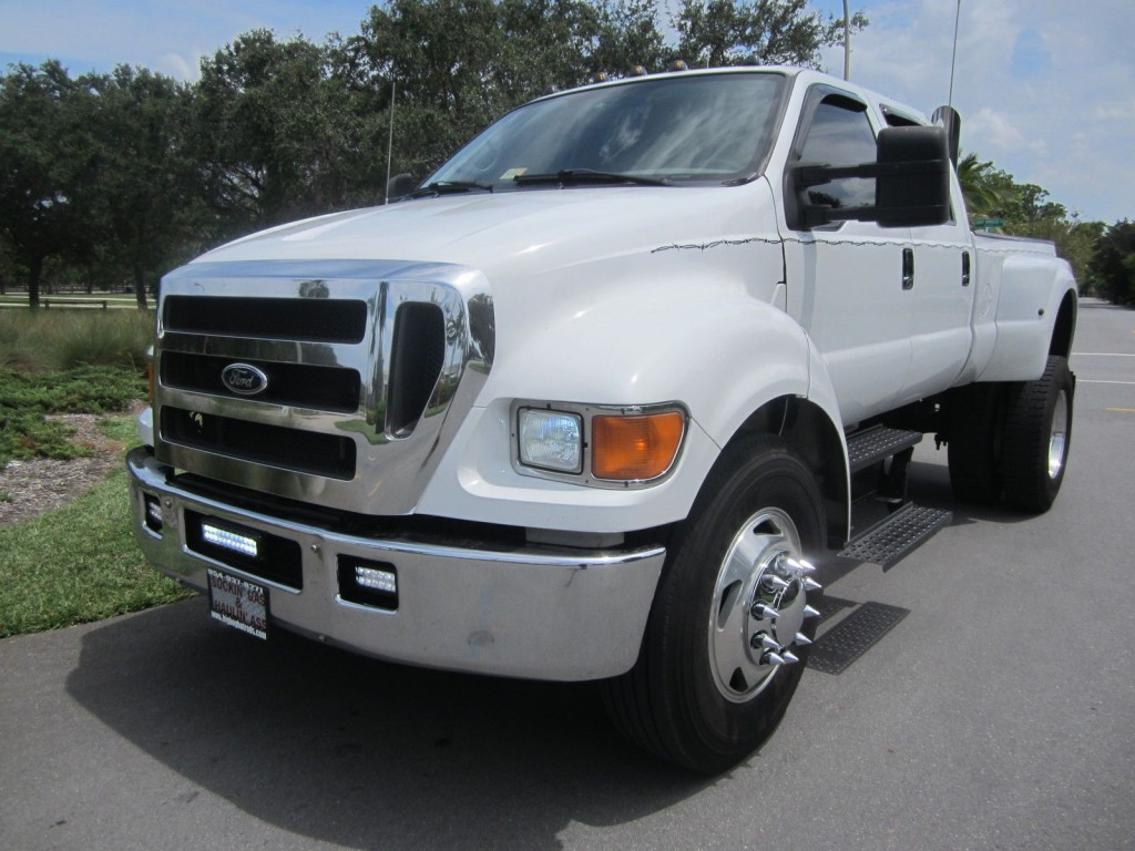 2005 FORD F650 C7 CAT WITH Allison Trani Monster Truck