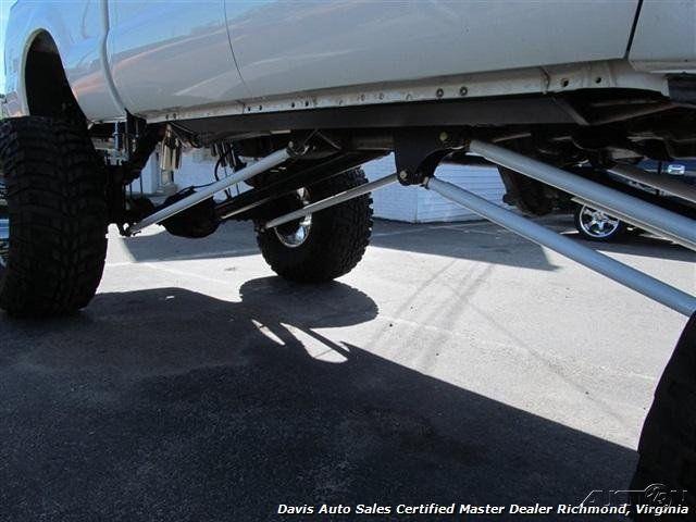 2006 Ford F 250 Super Duty Lariat 4dr Crew Cab 6L V8 Monster Truck