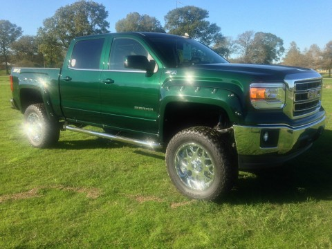2015 GMC Sierra 1500 Customized with lift for sale