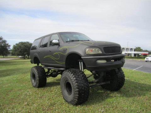 1997 Ford Expedition Street Legal  Monster Truck   49″ GROWLERS for sale
