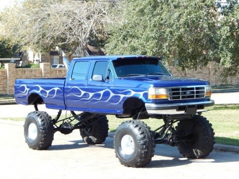 1997 Ford F 350 7.3L Diesel 4X4 Crew Cab Long Bed XLT Monster Lift! ! for sale