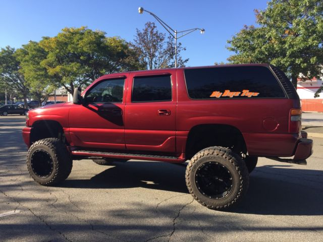 2002 GMC Yukon 4dr 1500 4WD Monster Lifted for sale