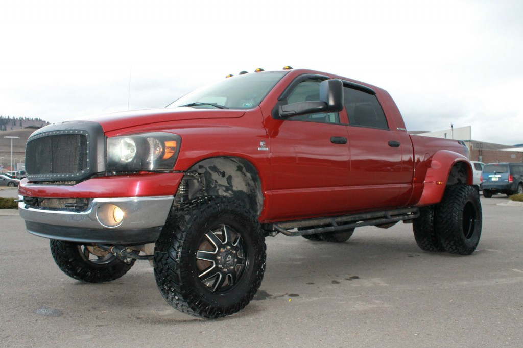 2007 Dodge Ram 3500 Mega Cab 5.9 Cummins Dually 8″ Lift for sale