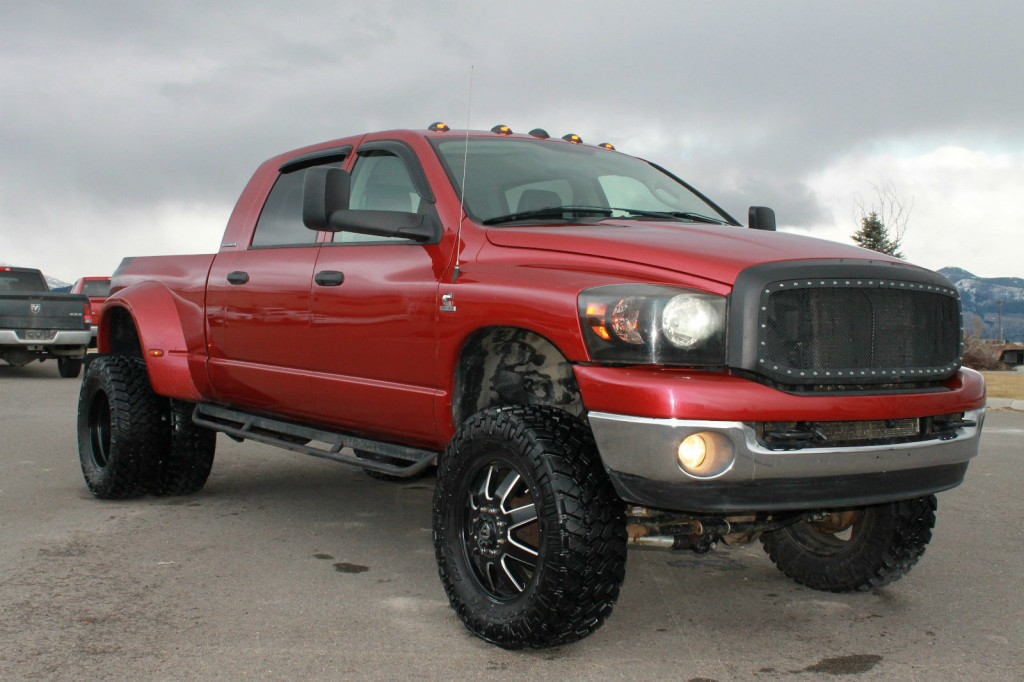 2007 Dodge Ram 3500 Mega Cab 5.9 Cummins Dually 8″ Lift Nav for sale