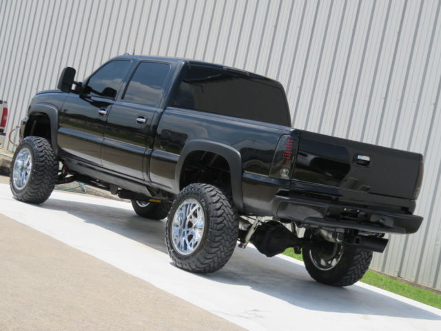 2005 chevrolet silverado 2500 diesel 4x4 lifted for sale. Black Bedroom Furniture Sets. Home Design Ideas