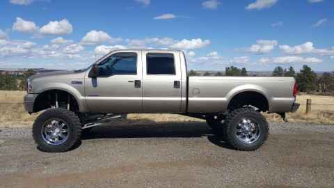2006 Ford F250 Lariat Crew Cab Longbed Custom Monster for sale