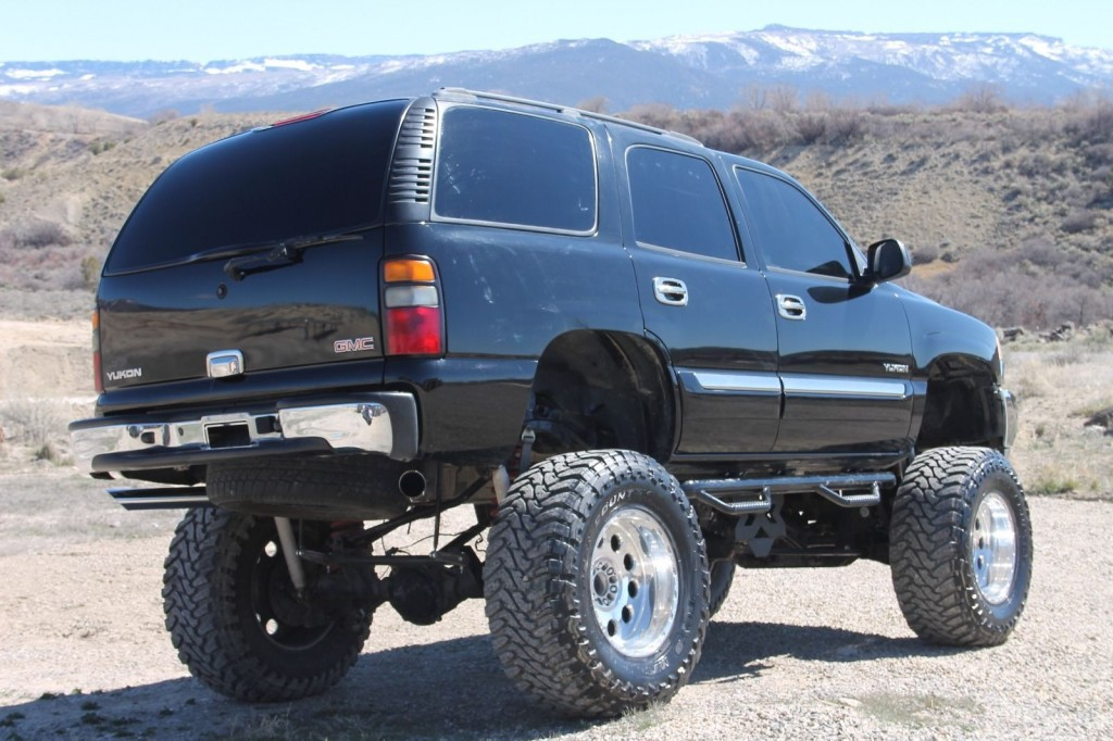 2004 GMC Yukon Lifted Monster Truck for sale