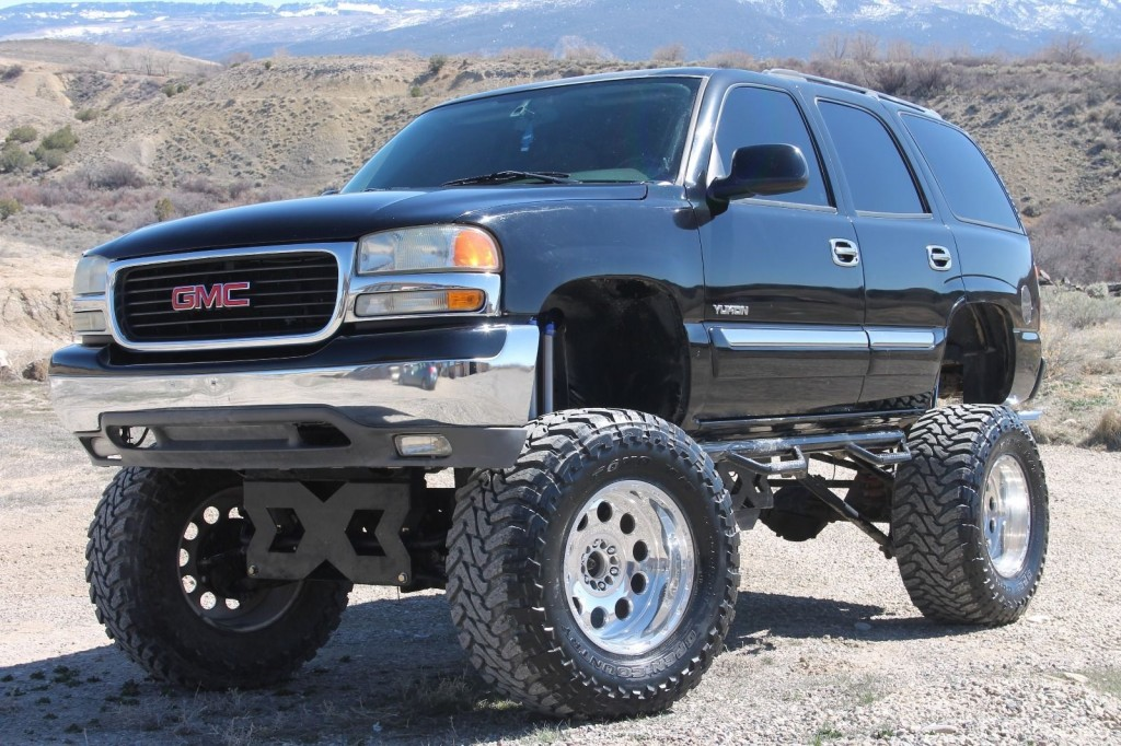 2004 Gmc Yukon Lifted Monster Truck on 2002 gmc sierra
