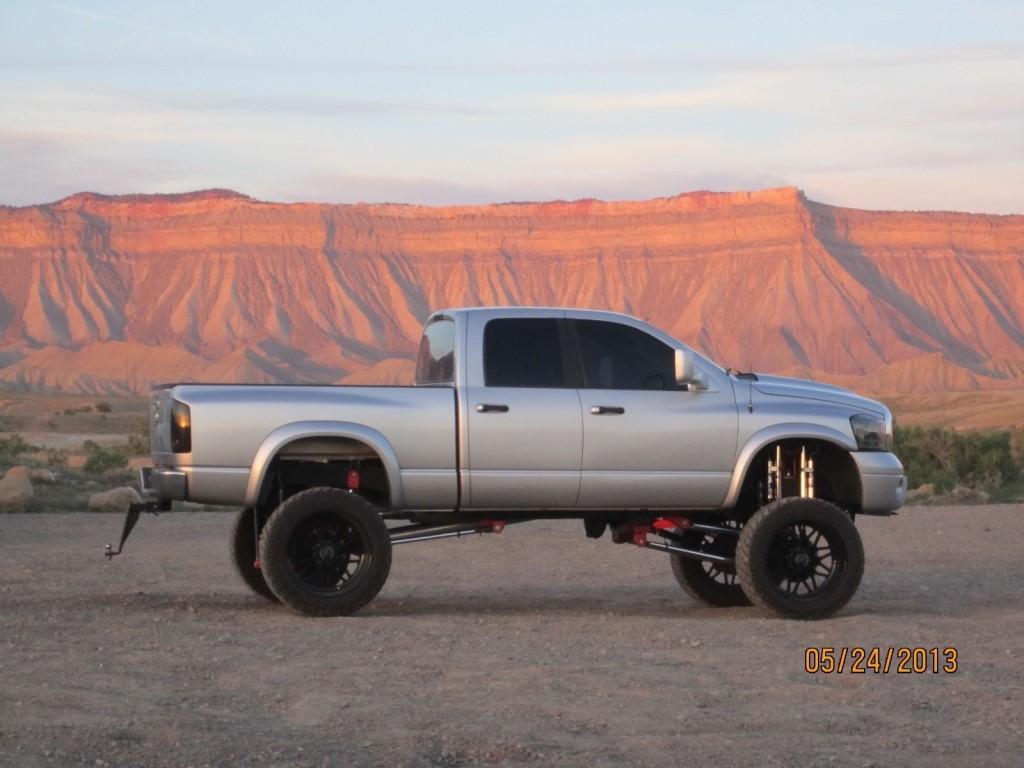 2006 dodge ram 2500 5 9 cummins show truck for sale. Black Bedroom Furniture Sets. Home Design Ideas