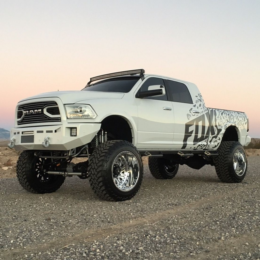 Lifted Ram 3500 >> 2015 RAM 2500 Laramie Lifted SEMA Truck for sale