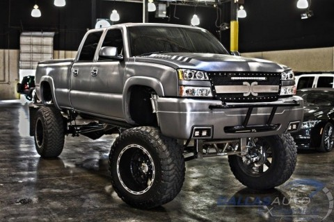 2005 Chevrolet Silverado 2500hd Custom SEMA Truck for sale
