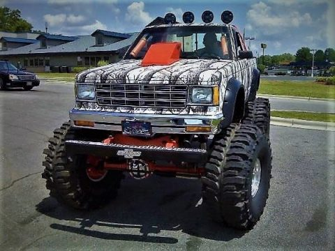 Street Legal 1987 Chevy S10 on a 1973 GMC/Chevy K5 Full size frame Monster Truck for sale