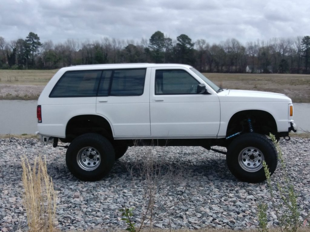 lifted 1994 chevrolet s 10 stock monster truck for sale. Black Bedroom Furniture Sets. Home Design Ideas