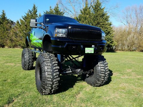 Show truck 2004 Ford F 250 LARIAT monster for sale