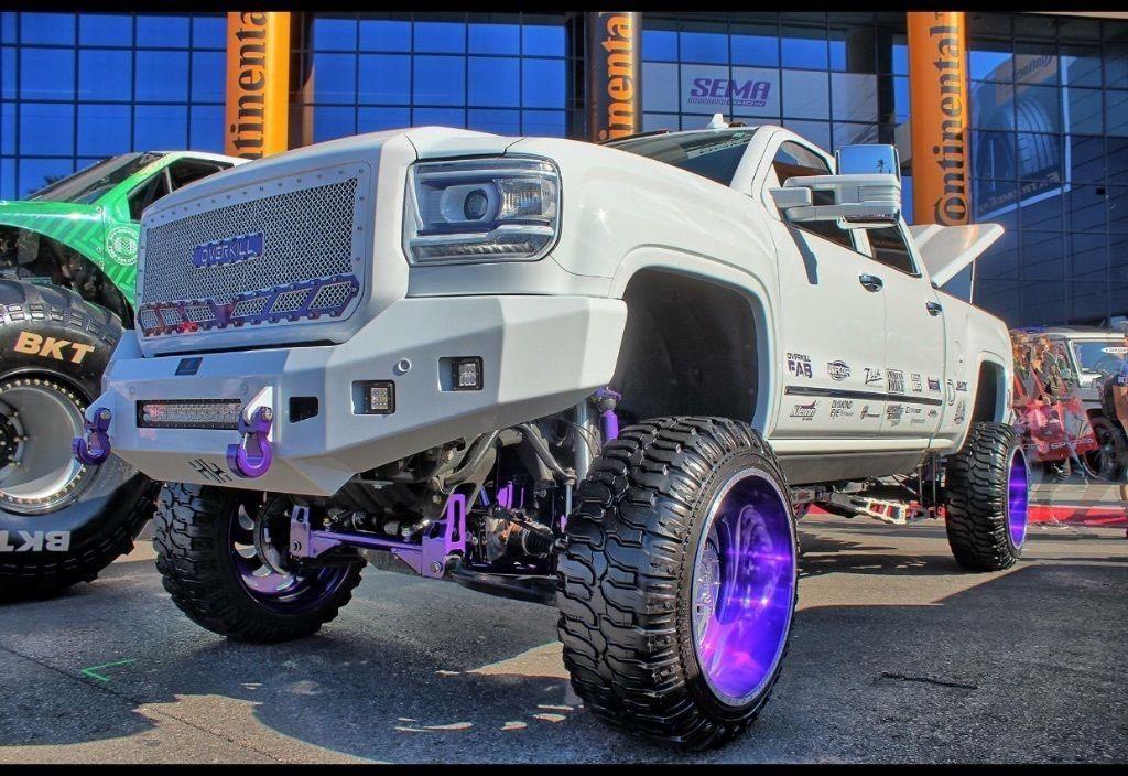 2015 GMC Sierra 2500 Denali HD monster truck