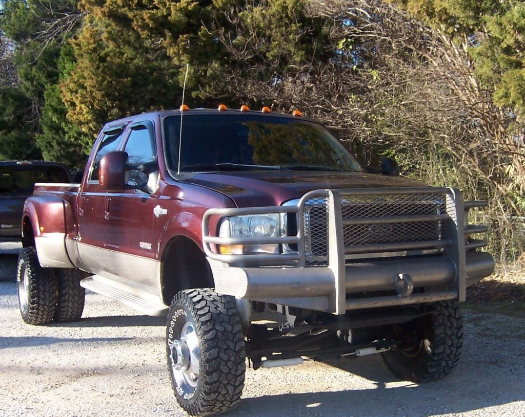 Heavily equipped 2004 Ford F 350 King Ranch monster truck