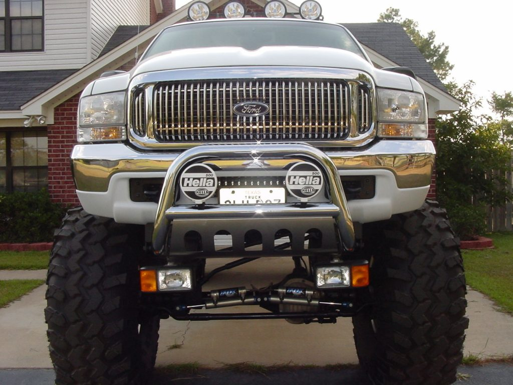 Show winner 2000 Ford Excursion monster truck