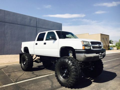 8 litre big block 2004 Chevrolet Silverado 2500 LS monster truck for sale