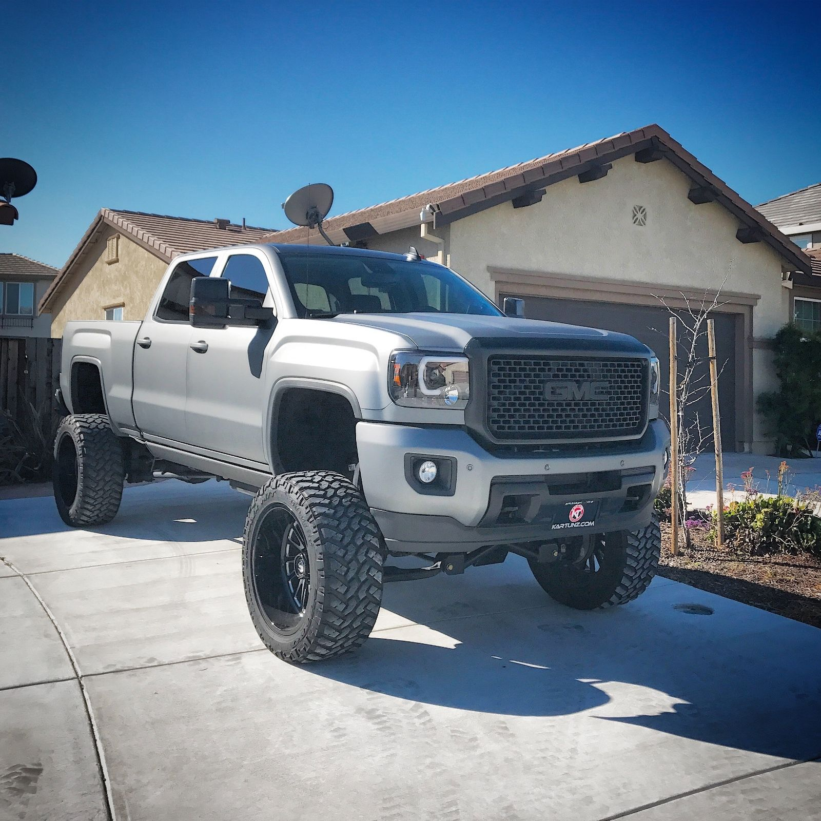 Trucks For Sale In California >> Low mileage 2016 GMC Sierra 2500 Denali HD monster for sale