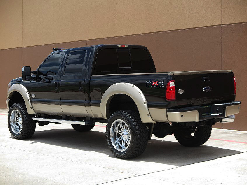 loaded 2011 Ford F 250 Kingranch Crew cab monster