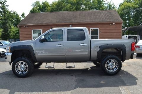 loaded 2013 Chevrolet Silverado 1500 LT monster truck for sale