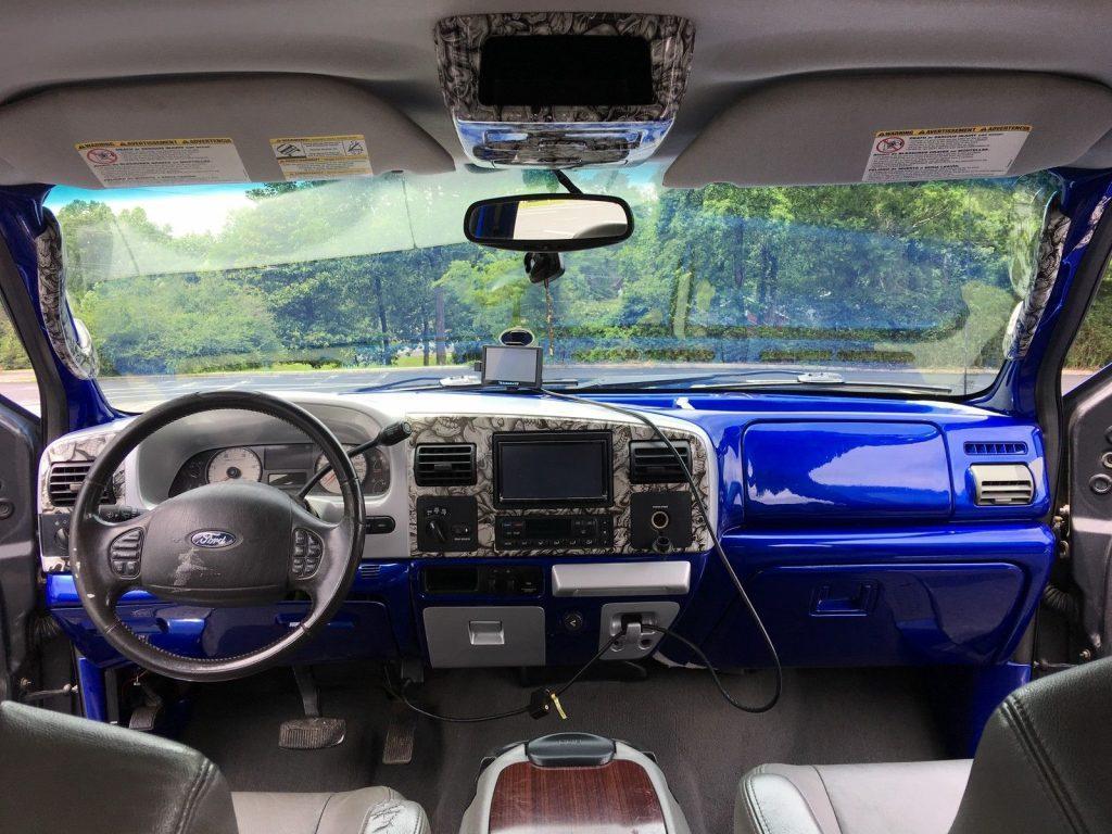 custom built 2005 Ford F 250 Lariat monster