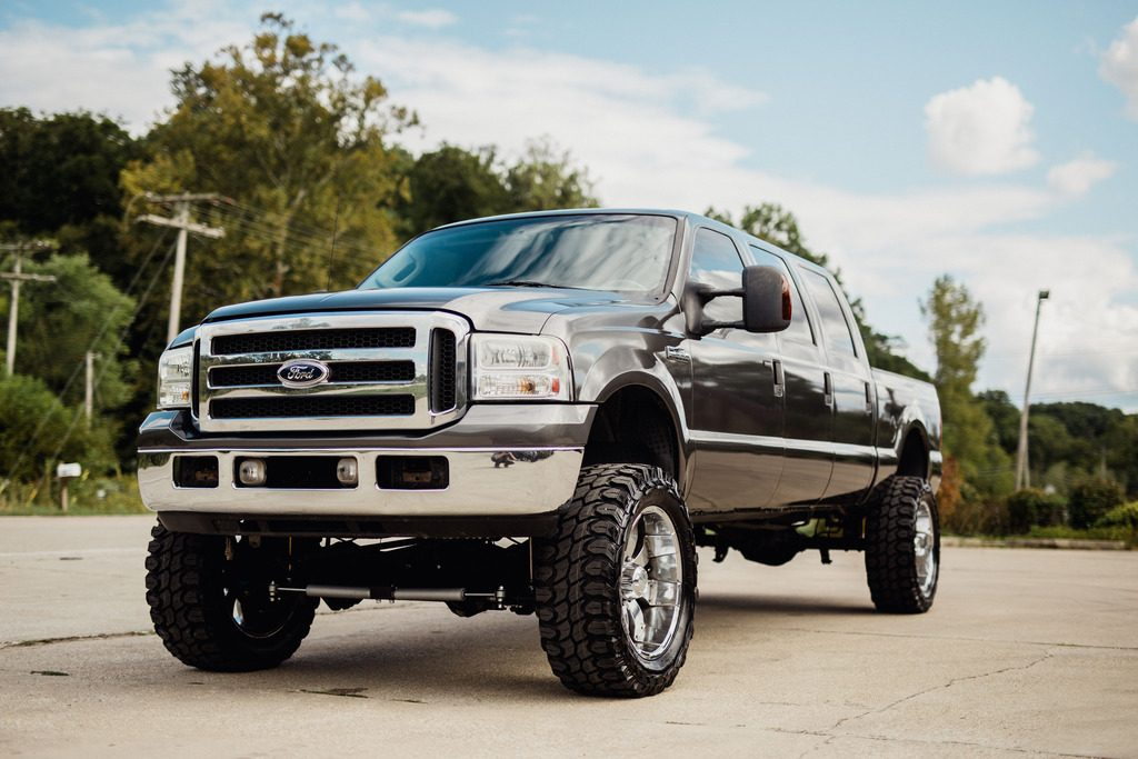 custom built 2006 Ford F 250 monster truck