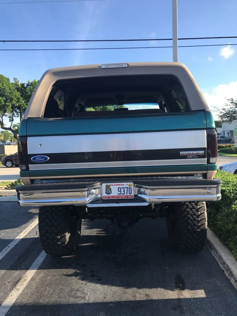 modified 1996 Ford Bronco monster truck