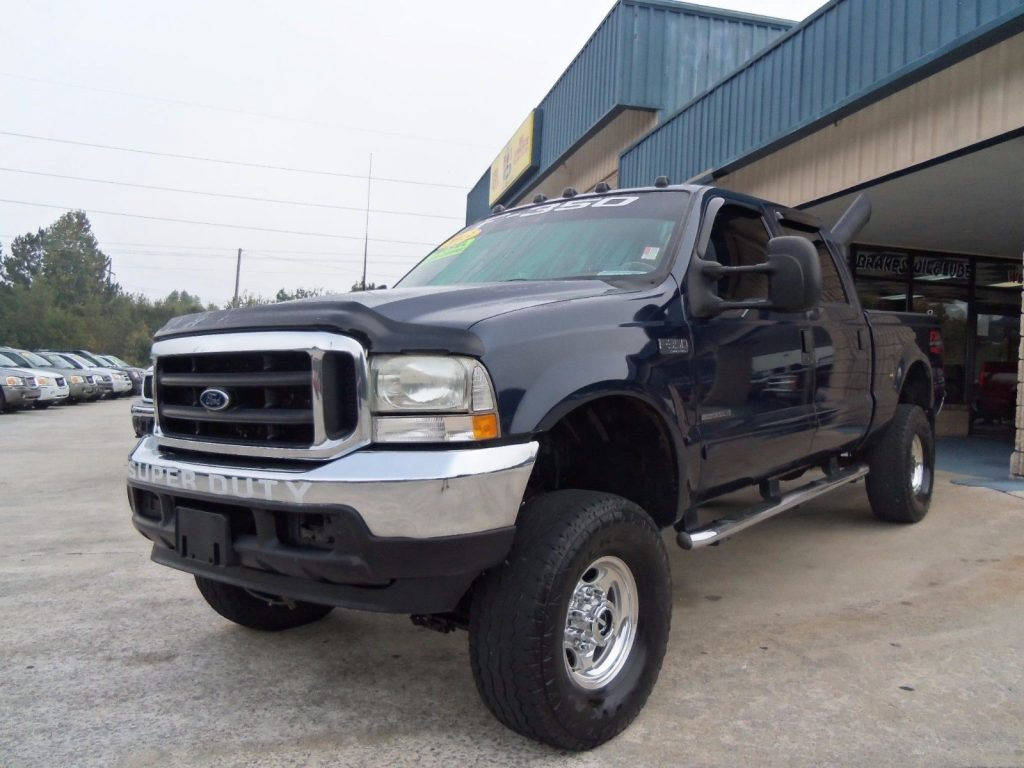 ready for work 2003 Ford F 350 XLT monster