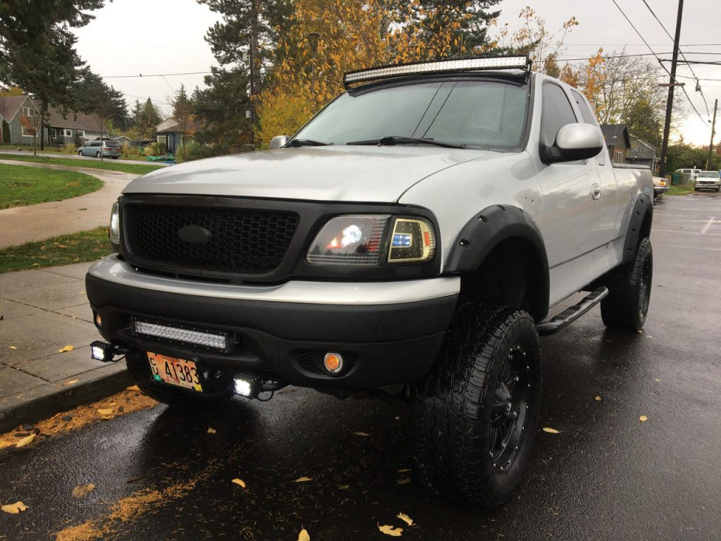 show truck 1999 Ford F 150 monster truck