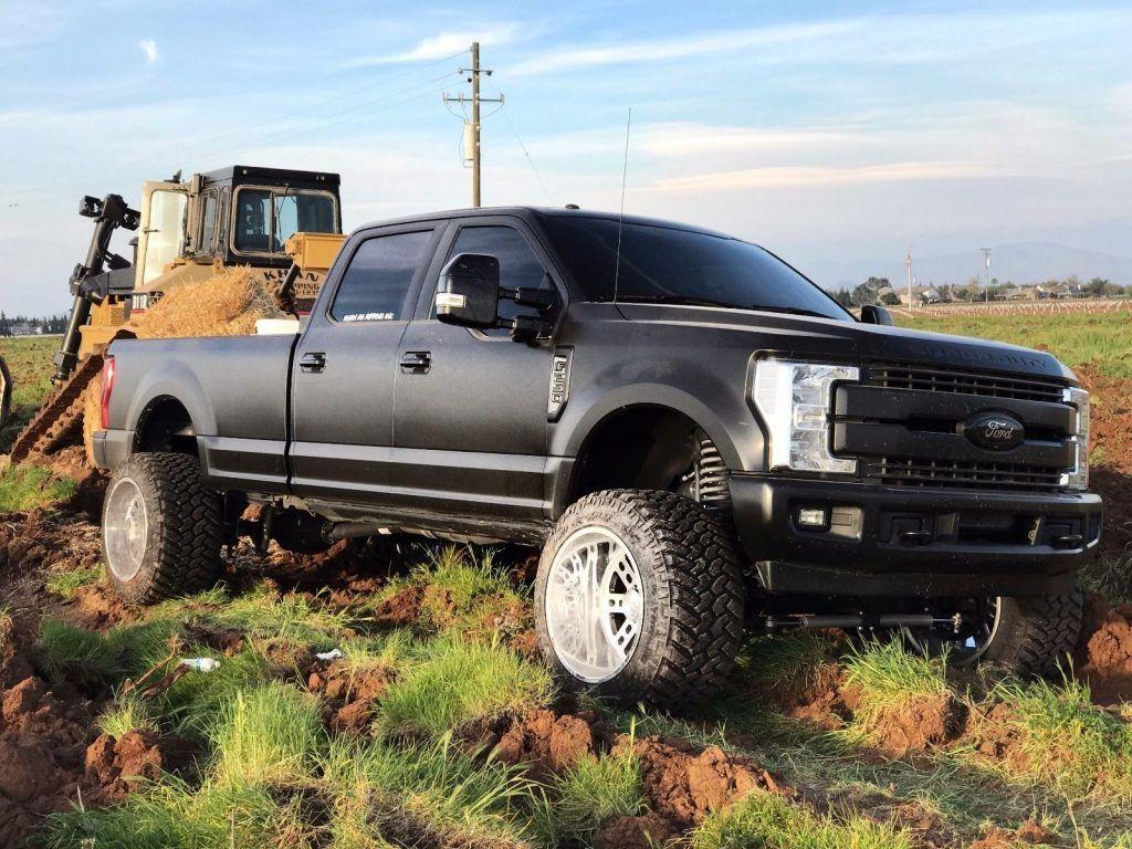 customized 2017 ford f 250 lariat super duty monster truck for sale. Black Bedroom Furniture Sets. Home Design Ideas