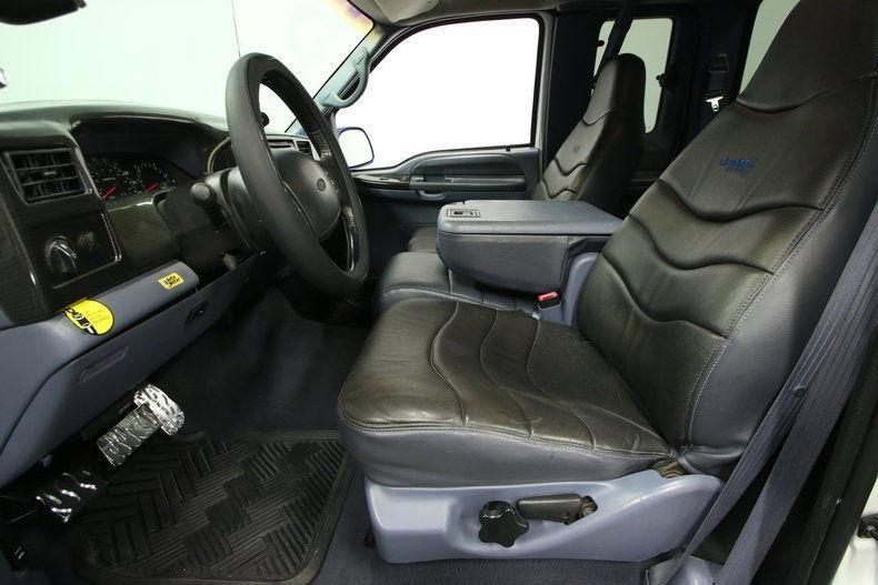 badass 1999 Ford F 250 XLT Super Duty monster truck