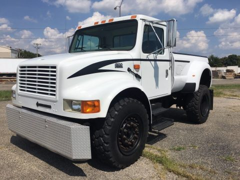 custom lifted 2001 International Harvester 4900 DT 466E monster truck for sale
