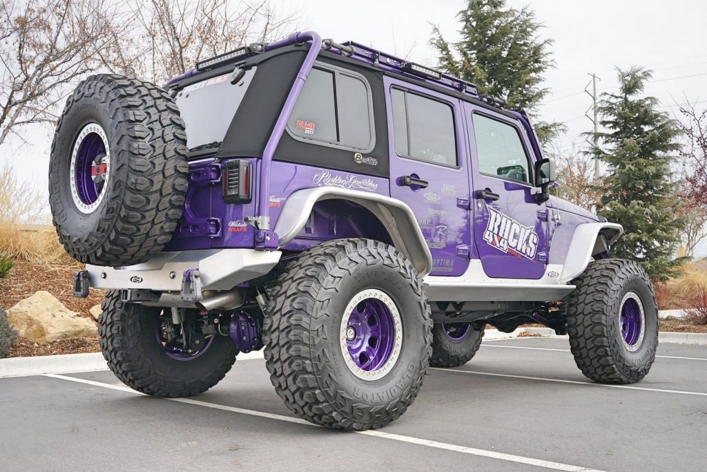 awesome modifications 2017 Jeep Wrangler Rubicon monster