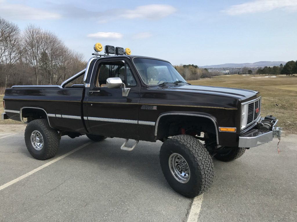 mint 1985 GMC Sierra 2500 Sierra Classic monster truck
