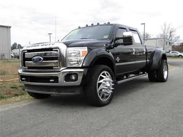 many options 2011 Ford F 450 Lariat monster