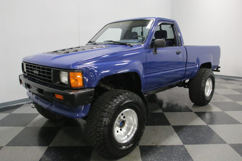 rough 1986 Toyota Pickup monster truck