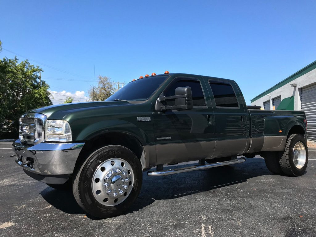 completely serviced 2002 Ford F 350 Lariat monster truck