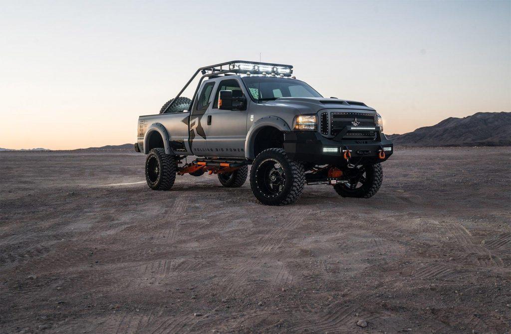 Custom 2002 Ford F 250 XLT monster truck