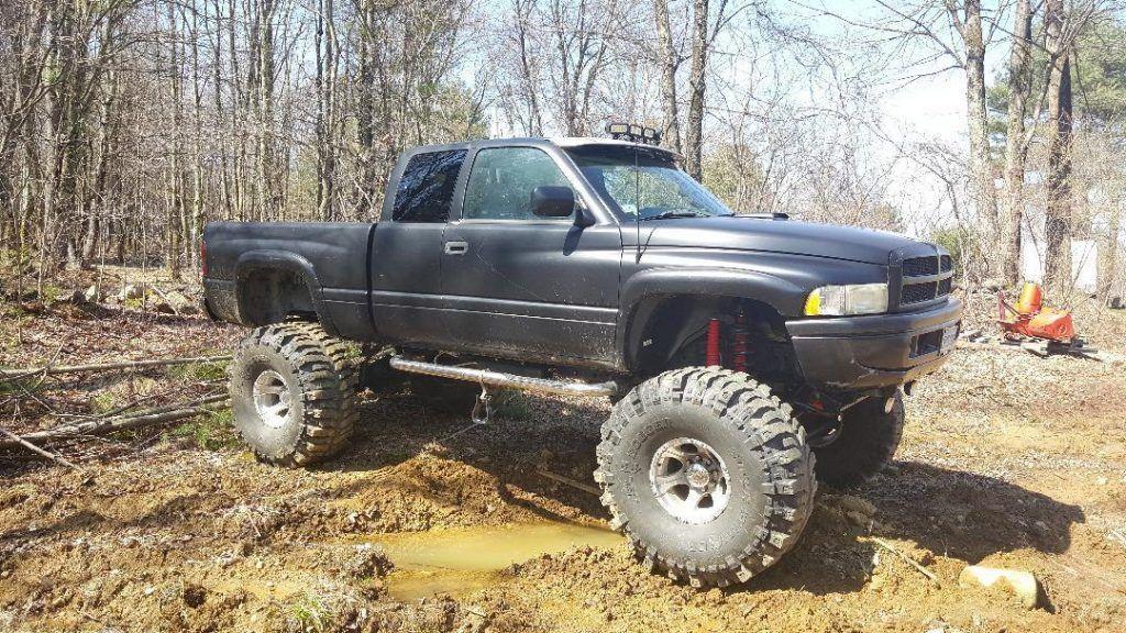 low miles 1997 Dodge Ram 2500 monster truck
