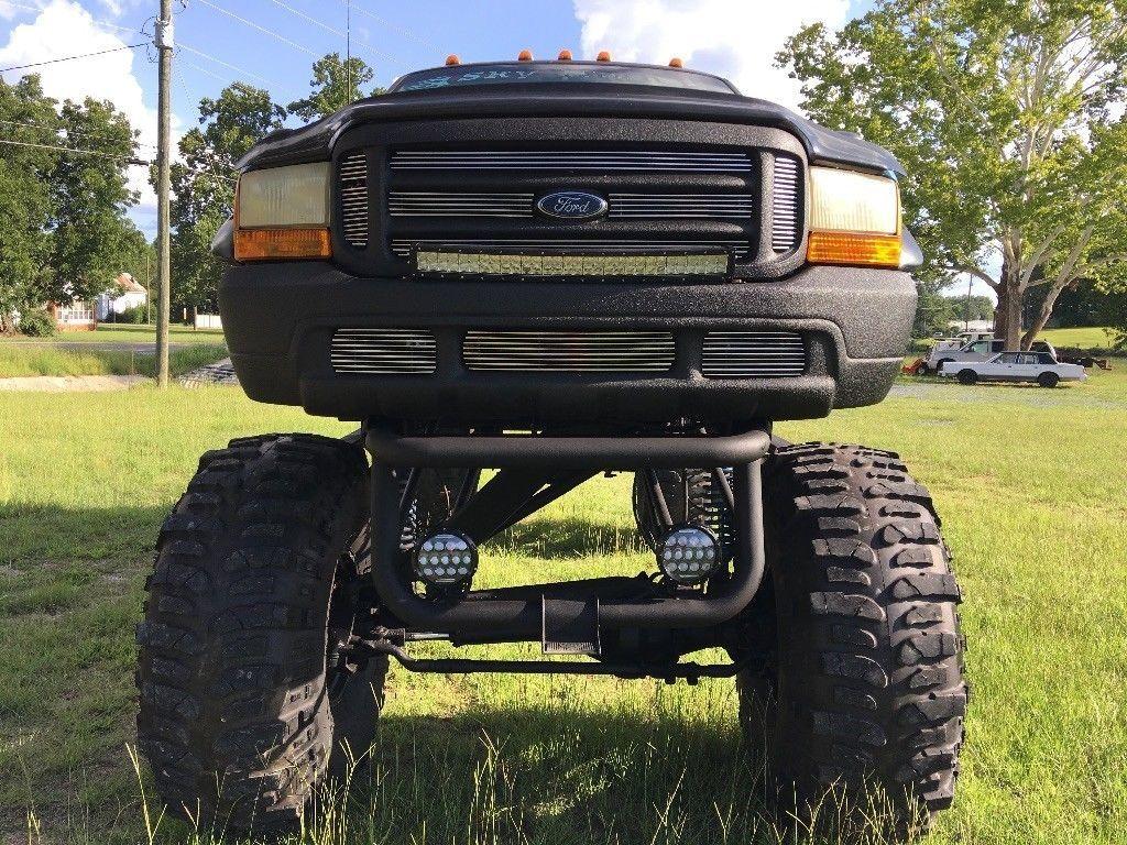 sky high 1999 Ford F 250 Diesel Monster truck