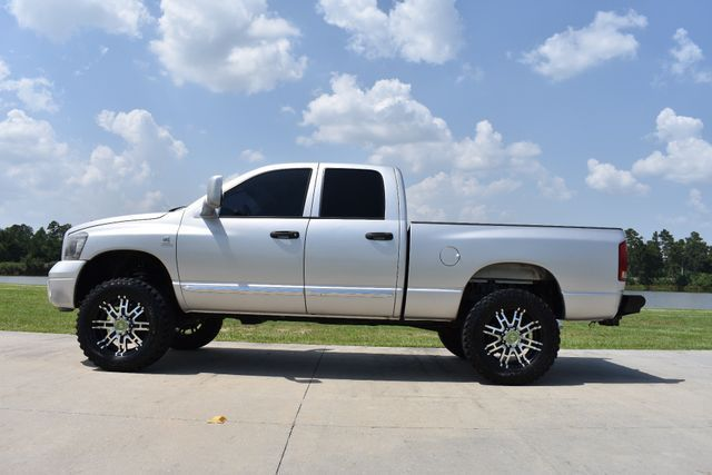 very clean 2006 Dodge Ram 2500 Laramie monster truck
